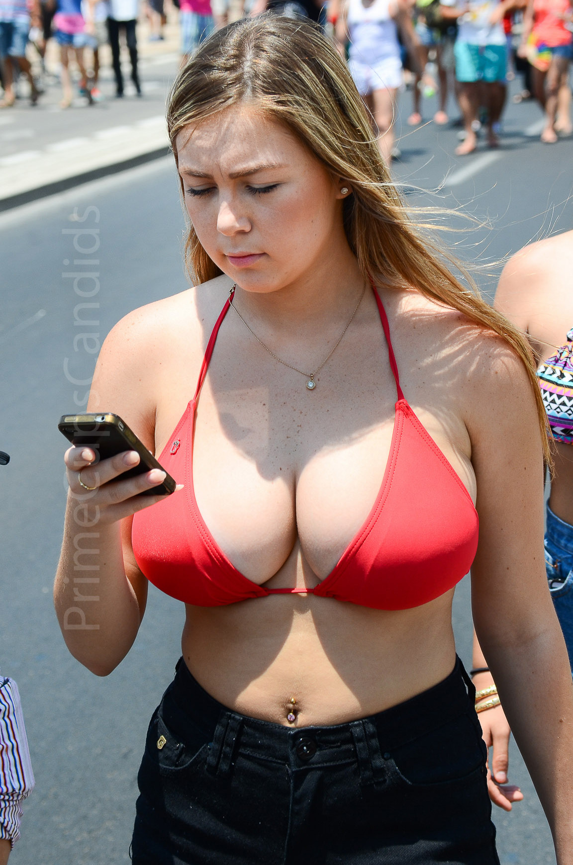busty cleavage porn